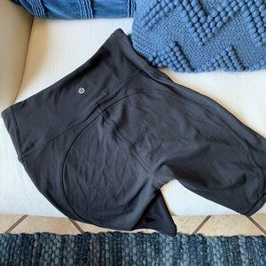 Lululemon fast and free bike shorts Sz 8